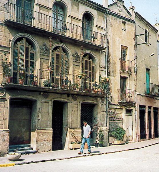 Edificio  casa Trilla - Autor Ramon Sunyer (2005)