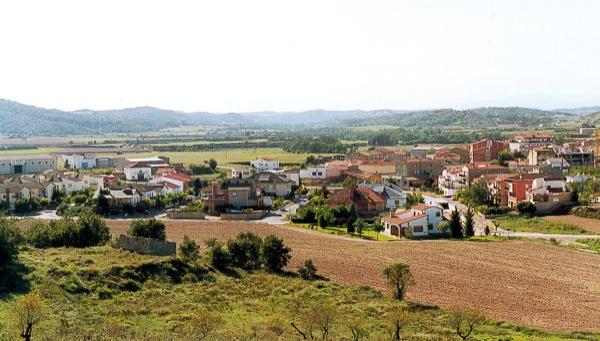 04.02.2005 Vista dels xalets            Torà -  Ramon Sunyer