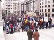 Lleida: Concentració a la plaça  Josep Ma. Sunyer