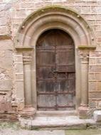 Cellers: detall de la porta del monestir de Cellers  Ramon Sunyer