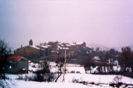 Claret: Vista del poble de Claret nevat  Ramon Sunyer