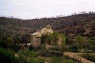 Cellers: L'entorn del monestir quedà devastat pel foc  Ramon Sunyer