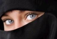 Dona amb vel Niqab