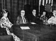 Jocs Florals de la Llengua Catalana 1973, celebrats a Mèxic. Part del Consistori: Francesca Domingo d€™Ollé, Pere Foix, Pere Bosch Gimpera, Núria Parés i Agustí Cabruja.