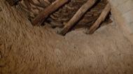 Vallferosa: Rebossat mur interior torre, i sostre romànic  Xavier Sunyer