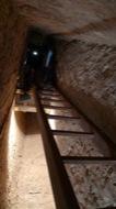 Vallferosa: Interior torre, escala accès als pis dels matacans.  Xavier Sunyer