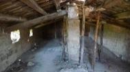 Llanera: Sant Martí de llanera. la teulada d'aquesta església gòtica va ser apuntalada per l'APAC de Torà per evitar el seu esfondrament el mes de març de 2006  Xavier Sunyer
