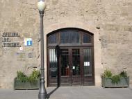 L'Oficina de Turisme, situada a la Carretera de Bassella, 1
