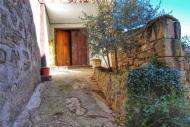 Vilanova de l'Aguda: Detall casa  Ramon Sunyer