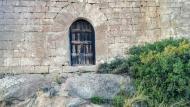 L'Aguda: Ermita Sant Salvador del Coll porta  Ramon Sunyer