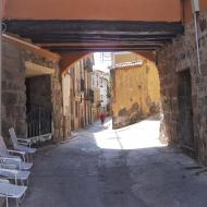 Sanaüja: Pas cobert carrer Morer  Ramon Sunyer