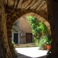 L'Alzina: vila closa  Ramon Sunyer
