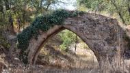 Torà: Pontet del Diable o de la Sentiu. Aquest aqüeducte S'utilitzà fins el 1920  Ramon Sunyer