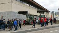 Torà: els tractors bloquejant els accessos  Ramon Vilaseca