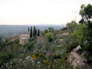 L'Aguda: Vista de l'esglèsia i cal Martri  Ramon Sunyer