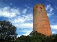 la torre té més de 30 metres