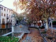 Torà: Plaça de la Font  Josep Gatnau