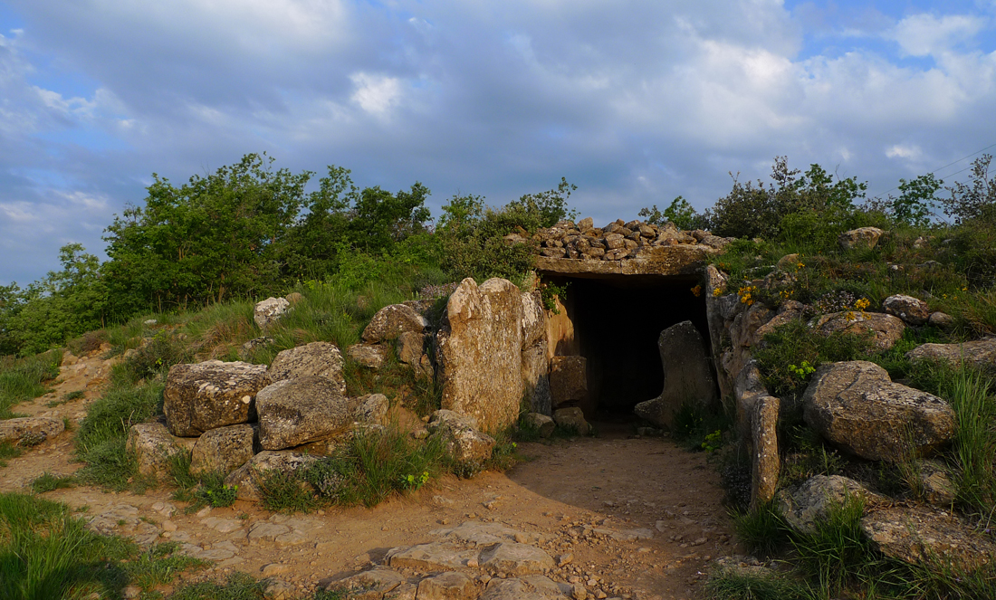 Dolmen de de Llanera